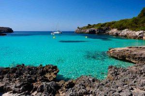 Cala-Turqueta-southern-beach-of-Menorca-4-1024x680