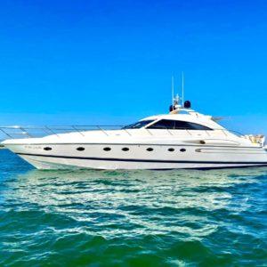 Alquiler_de_Yates-MENORCA-Barcos-Yatchs_Princess_V65-VIP_Escape-Boat_Rent