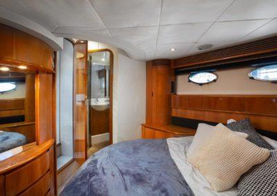 Princess-V65-LAYA-Owners-cabin-2